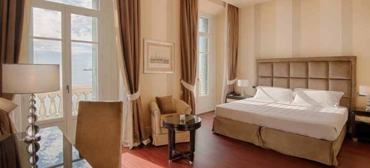 Grand Hotel Palazzo Livorno Mgallery By Sofitel: Schlafzimmer LIVORNO