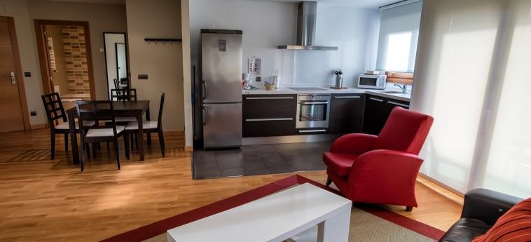 Hotel Miracielos: Apartment LLANES
