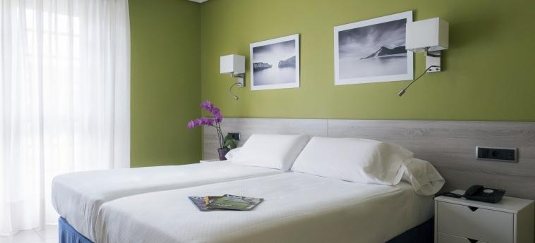 Hotel Miracielos: Bedroom LLANES