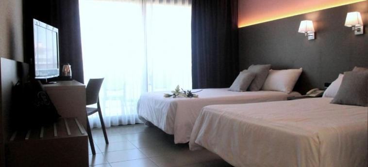 Hotel Fenals Garden: Habitaciòn Familia LLORET DE MAR - COSTA BRAVA