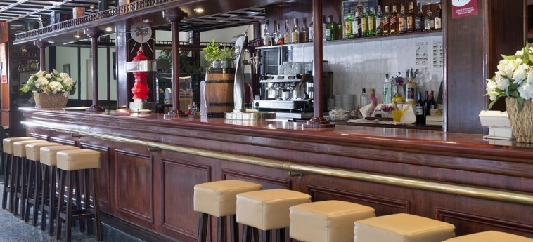 Hotel Guitart Rosa: Bar LLORET DE MAR - COSTA BRAVA