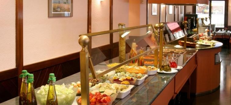Hotel Guitart Rosa: Restaurant LLORET DE MAR - COSTA BRAVA