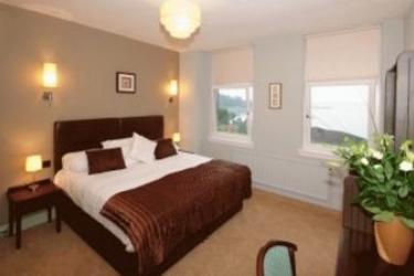 Rosslea Hall Country House: Bedroom LOCH LOMOND