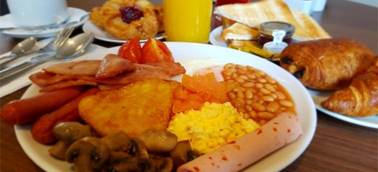 Hotel The Westbridge: Frühstück LONDON