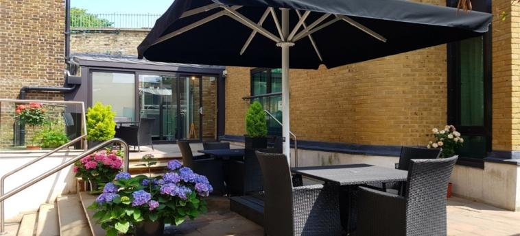 Hotel The Westbridge: Terrasse LONDON