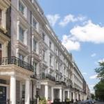 Astor Queensway Hostel