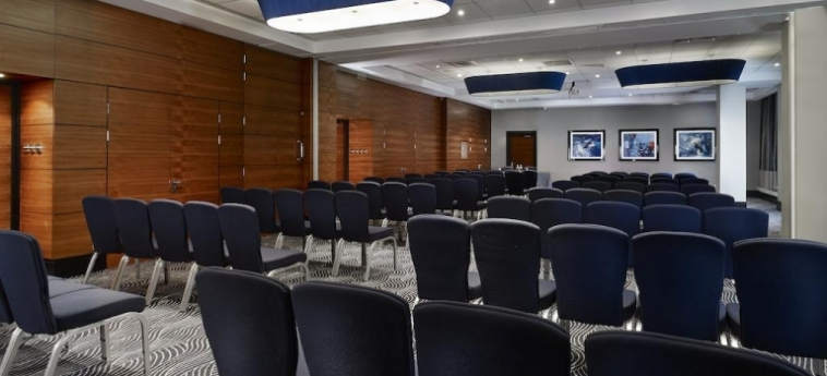Doubletree By Hilton Hotel London - Victoria: Conference Room LONDON