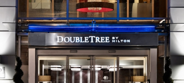 Doubletree By Hilton Hotel London - Victoria: Entrance LONDON