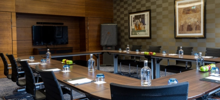 Doubletree By Hilton Hotel London - Victoria: Meeting Room LONDON