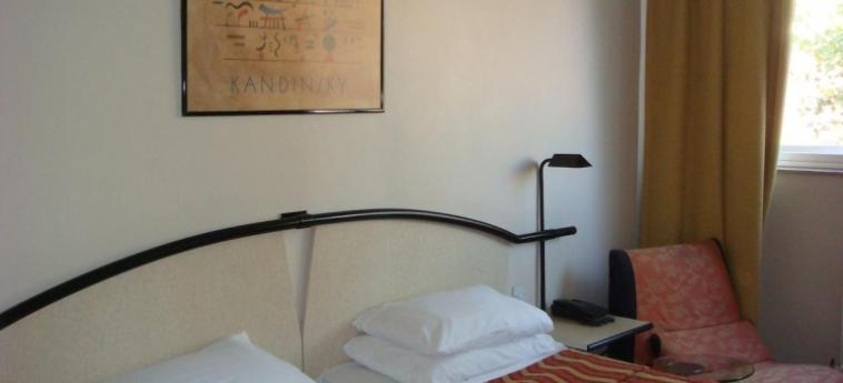 Hotel La Reserve: Doppelzimmer - Twin LONDON