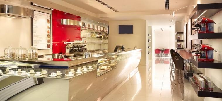 Hotel Park Plaza Westminster Bridge London: Caffetteria LONDRA