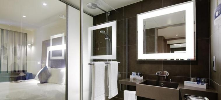 Hotel Novotel London Blackfriars: Salle de Bains LONDRES