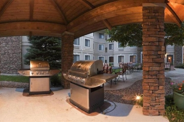 Hotel Staybridge Suites Denver South Park Meadows: Barbecue/Picknick LONE TREE (CO)
