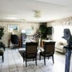 Hotel Sunburst Spa & Suites Motel