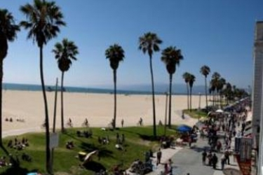 Venice Beach Suites & Hotel: Posicion de l'Hotel LOS ANGELES (CA)