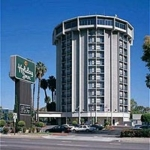 Holiday Inn Long Beach Airport Hotel & Conference Center