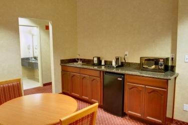 Hotel Best Western Plus Media Center Inn & Suites: Hoteldetails LOS ANGELES (CA)