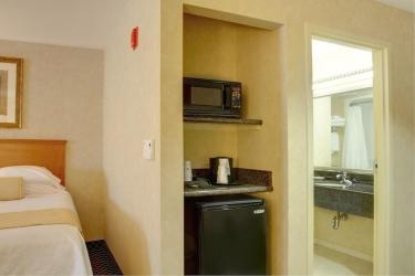 Hotel Best Western Plus Media Center Inn & Suites: Gastzimmer Blick LOS ANGELES (CA)