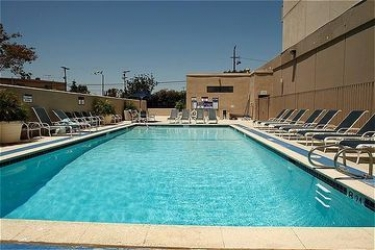 Hotel Holiday Inn (Day Room): Swimming Pool LOS ANGELES INTL APT (CA)