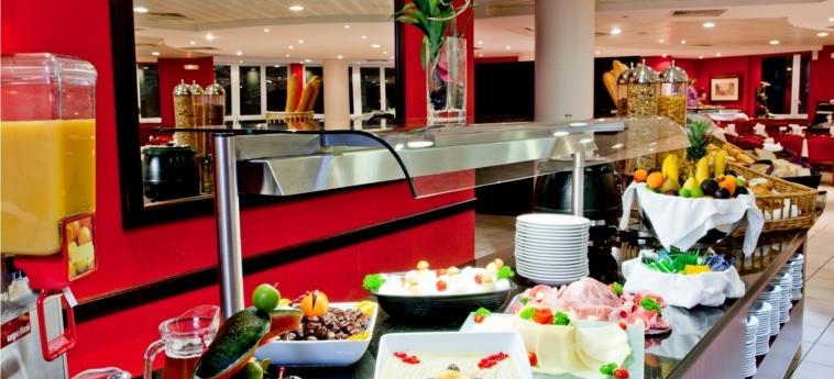 Hotel La Solitude: Buffet LOURDES
