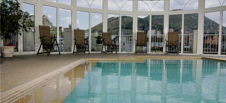 Hotel La Solitude: Swimming Pool LOURDES