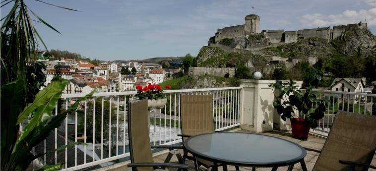 Hotel La Solitude: Terrasse LOURDES