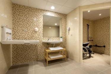 Hotel Roissy: Lobby LOURDES