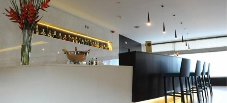 Hotel Epic Sana Luanda: Bar LUANDA