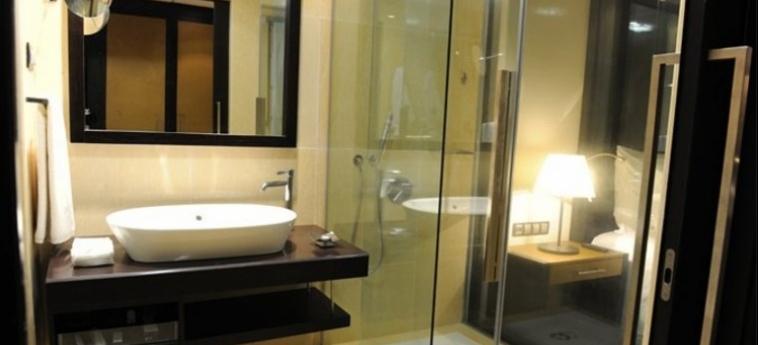 Hotel Epic Sana Luanda: Cuarto de Baño LUANDA