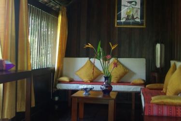 Hotel Villa Maydou: Sala de estar LUANG PRABANG