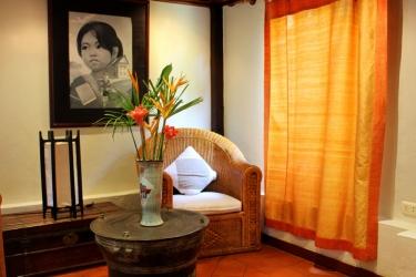 Hotel Villa Maydou: Area salotto LUANG PRABANG