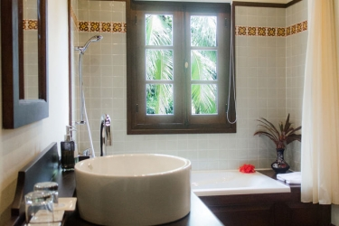 Hotel Villa Maydou: Bagno LUANG PRABANG