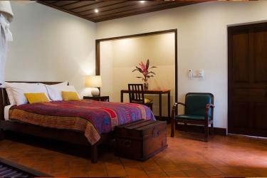 Hotel Villa Maydou: Camera degli ospiti LUANG PRABANG