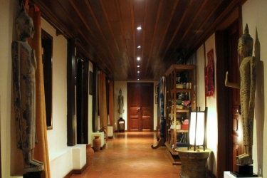 Hotel Villa Maydou: Flur LUANG PRABANG