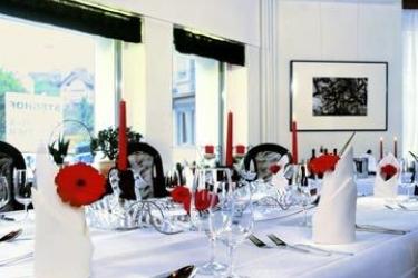 Hotel Steghof: Esterno LUCERNA