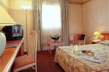 Hotel Mercure Lyon Charpennes: Room - Guest LYON