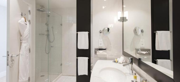 Hotel Marriott Lyon Cite Internationale: Cuarto de Baño LYON