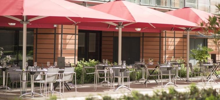 Hotel Marriott Lyon Cite Internationale: Patio LYON