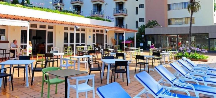 Hotel Dorisol Estrelicia: Restaurant Exterior MADERE