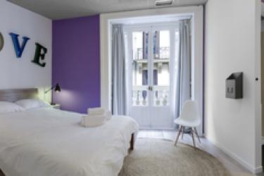 Hotel Safestay Madrid: Bar MADRID