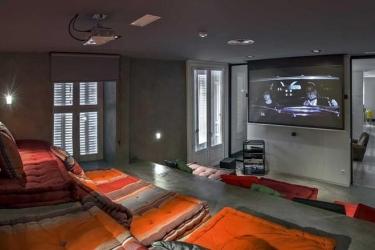 Hotel Safestay Madrid: Lobby MADRID