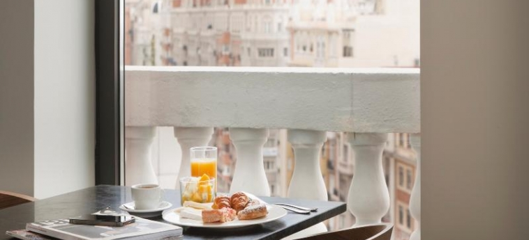 Dear Hotel Madrid: Bar MADRID