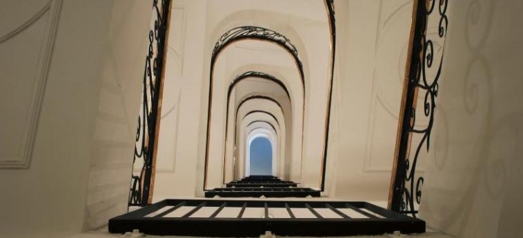 Dear Hotel Madrid: Lobby MADRID