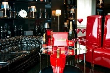 Hotel Vincci Via 66: Bar MADRID