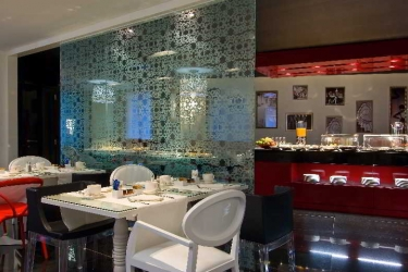 Hotel Vincci Via 66: Ristorante MADRID