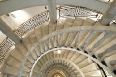 Hotel Vincci Via 66: Scalinata MADRID