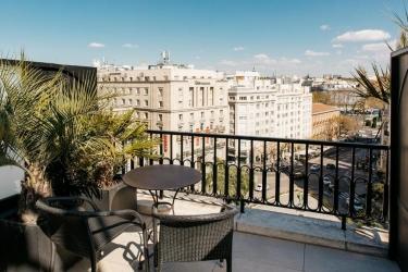Hotel Villa Real: Terraza MADRID