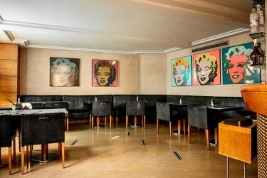 Hotel Villa Real: Bar MADRID