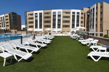 Hotel Compostela Suites: Exterior MADRID