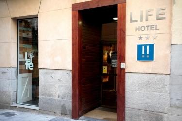 Hotel Antigua Posada Del Pez: Esterno MADRID